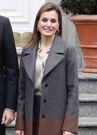 """Letizia Ortiz rinde homenaje a sus invitados con un look """"made in"""" Alemania"""