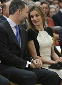 Los reyes Felipe y Letizia se coronan como la pareja más glamurosa de 2017