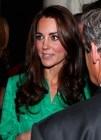 Kate Middleton deslumbra ante más de 300 periodistas