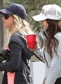 Vanessa Hudgens y Ashley Tisdale, dos amigas que se ponen en buena forma