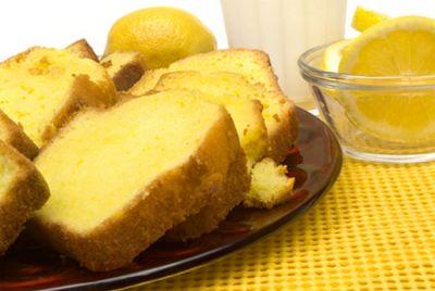 Bizcocho de yogur al limón
