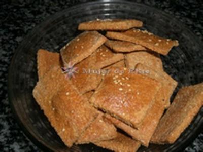 Galletas saladas de queso (con salvado)