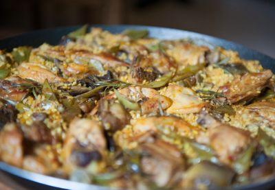 Cous cous con pollo al curry y verduras