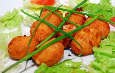 Croquetas de queso tierno