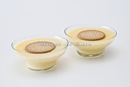 Natillas caseras con galletas