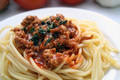 Espaguetis boloñesa (con soja texturizada)