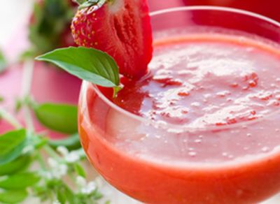 Gazpacho de fresas y tomate