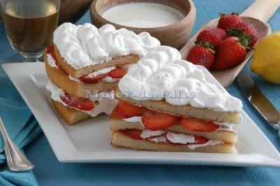 Tarta r�pida de fresas con nata