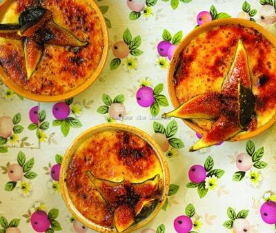 Crema catalana con higos caramelizados